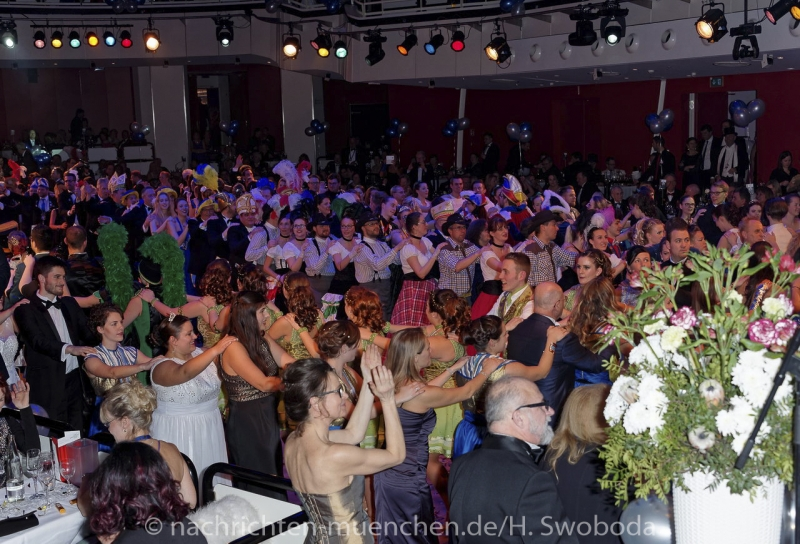 Narrhalla Soiree 2017 - Fasching hat Herz 0390