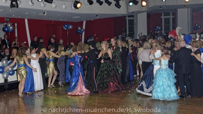 Narrhalla Soiree 2017 - Fasching hat Herz 0540