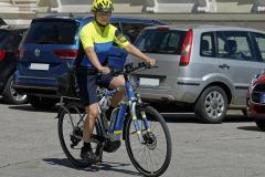 Neue-Radl-Uniform-fuer-die-Bayerische-Polizei_-4