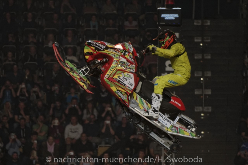 NIGHT of the JUMPs 2017 1290