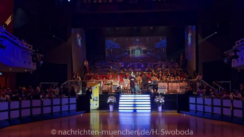 Oide_Wiesn_Buergerball - Saalfotos 0120