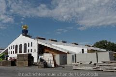 D180813-093756.040-100-Wiesn_Aufbau