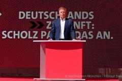 Olaf-Scholz-in-Muenchen-20-von-63