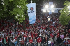 Deutsche Meisterschaft  Feierten die Meisterschaft am Nockerberg mit Fans die Mannschaft des FC Bayern MŸnchen FC Bayern MŸnchen  - Eintracht Frankfurt 1 Fussball Bundesliga Saison 2018 / 2019DFL regulations prohibit any use of photographs as image sequences and/or quasi-video Copyright by : sampics PhotographieBierbaumstrasse 681243 MŸnchenTEL.: ++49/89/82908620 , FAX : ++49/89/82908621 , E-mail : sampics@t-online.de