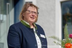 Wirtschaftsminister-Hubert-Aiwanger-sticht-ersten-Spargel-in-Schrobenhausen-16-von-44