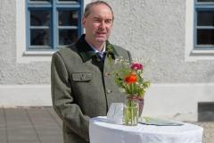 Wirtschaftsminister-Hubert-Aiwanger-sticht-ersten-Spargel-in-Schrobenhausen-17-von-44