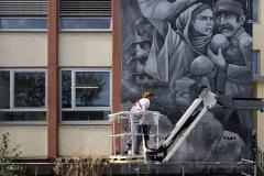 StopBombingCivilians-Haushohes-Graffiti-gegen-Bomben-auf-Wohngebiete-eingeweiht-2-von-62