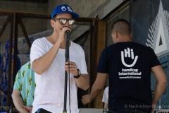 StopBombingCivilians-Haushohes-Graffiti-gegen-Bomben-auf-Wohngebiete-eingeweiht-23-von-62
