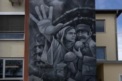 StopBombingCivilians-Haushohes-Graffiti-gegen-Bomben-auf-Wohngebiete-eingeweiht-3-von-62