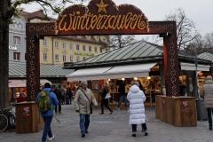 Winterzauber-auf-Viktualienmarkt-001