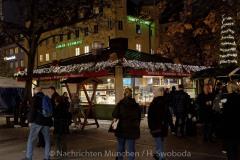 Winterzauber-auf-Viktualienmarkt-010