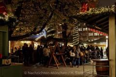 Winterzauber-auf-Viktualienmarkt-013