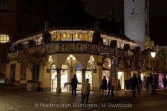 Winterzauber-auf-Viktualienmarkt-014