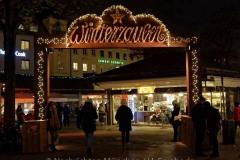 Winterzauber-auf-Viktualienmarkt-015