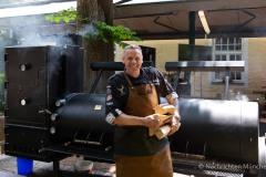 Traditionsbiergarten-Menterschwaige-wird-zu-Muenchens-BBQ-Hotspot-2-von-25
