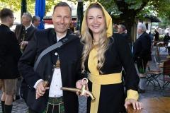 Unser-Herz-fuer-die-Wiesn-2021-Muenchner-Brauer-und-Wiesnwirte-laeuten-symbolisch-Oktoberfest-ein-15-von-44