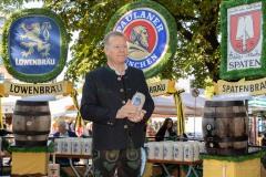 Unser-Herz-fuer-die-Wiesn-2021-Muenchner-Brauer-und-Wiesnwirte-laeuten-symbolisch-Oktoberfest-ein-24-von-44