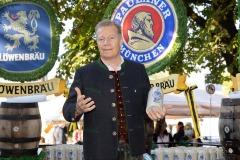 Unser-Herz-fuer-die-Wiesn-2021-Muenchner-Brauer-und-Wiesnwirte-laeuten-symbolisch-Oktoberfest-ein-25-von-44