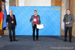 Verleihung-der-Sportplaketten-des-Bundespraesidenten-in-Oberschleissheim-4-von-6
