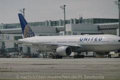 Flugzeuge-am-Flughafen-MUC-0010