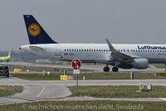 Flugzeuge-am-Flughafen-MUC-0070
