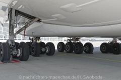 Flugzeuge-am-Flughafen-MUC-0230