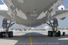 Flugzeuge-am-Flughafen-MUC-0520