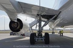 Flugzeuge-am-Flughafen-MUC-0630