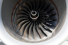 Flugzeuge-am-Flughafen-MUC-0700