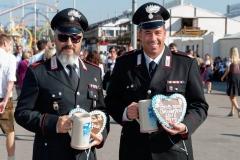 Wiesn - PolizeiSanitaterFeuerwehr ItalienFrankreichOesterreich 0150