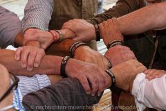 Zamhoidn-Das-Band-der-Solidarität-vorgestellt-19