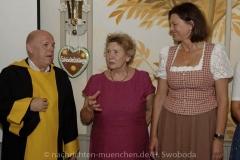 Zur Schoenheitskoenigin 0320