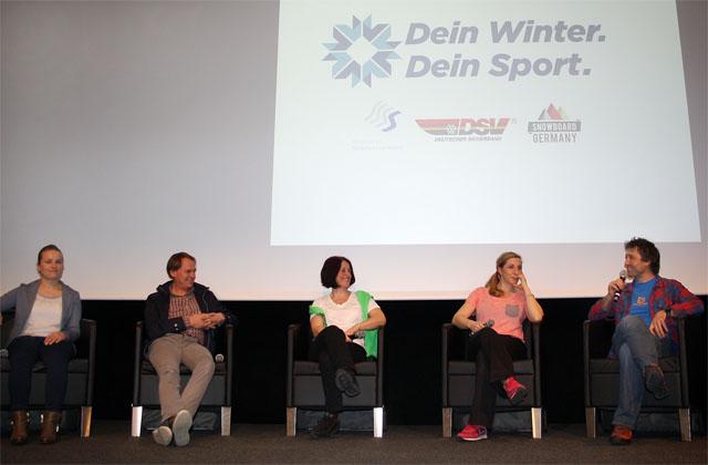 Auf dem Podium die DWDS-Paten (v. l.): Verena Bentele, Markus Wasmeier, Uschi Disl, Anni Friesinger-Postma und Peter Schlickenrieder. Foto: Sina Scherer