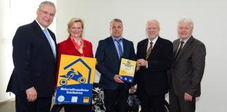"""Hotel Vollmann in Weilheim mit Zertifikat """"Motorradfreundlicher Hotelbetrieb"""" ausgezeichnet"""