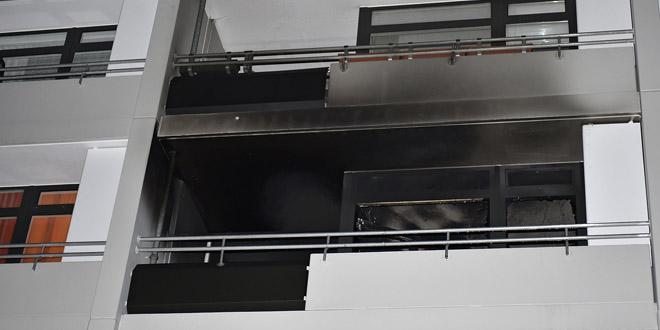 Christbaumbrand im Hochhaus