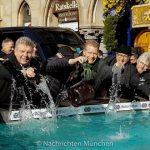 Münchner Brauchtum zum Aschermittwoch - Geldbeutelwaschen im Fischbrunnen 2018