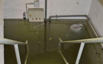 Wasserschaden im Keller eines Geschäftshauses