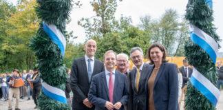 Richtfest für neues biomedizinisches Forschungszentrum in Garching