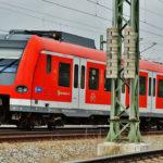 Blitzeinschlag in S-Bahn - 125 Reisende evakuiert