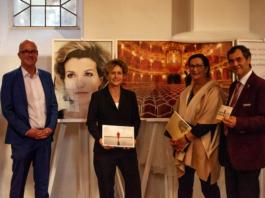 """Ausstellung """"Das Prinzip Apfelbaum"""" 11 Persönlichkeiten zur Frage 'Was bleibt?'"""" in St. Markus Kirche eröffnet"""