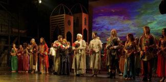Umjubelte Medicus-Premiere im Deutschen Theater München
