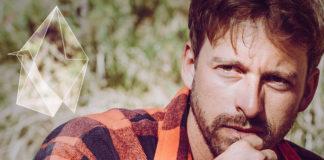 """Schauspieler und Musiker Ben Blaskovic spielt """"Private Concert"""" auf der """"Alten Utting"""" in München"""