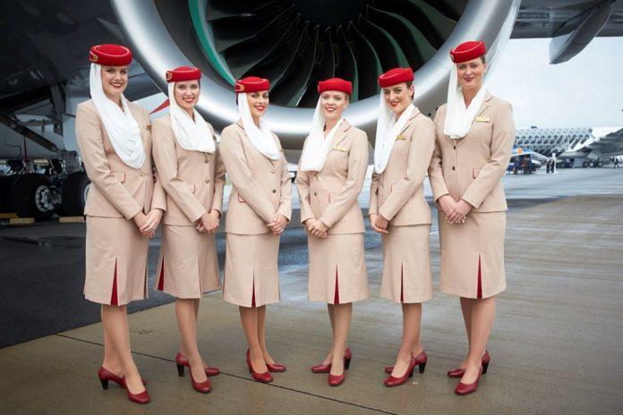 Karriere über den Wolken: Emirates sucht zukünftige Flugbegleiter in München, Berlin und Leipzig