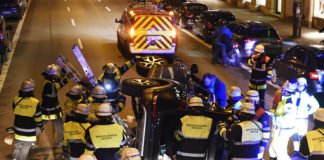 Maximiliansplatz: Nach Unfall in Geländewagen eingeschlossen