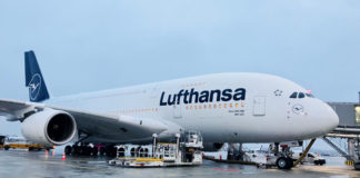 rster Airbus A380 in neuem Lufthansa Design