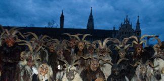 Die Krampusse kommen! - Großer Schaulauf des Brauchtums auf dem Münchner Christkindlmarkt