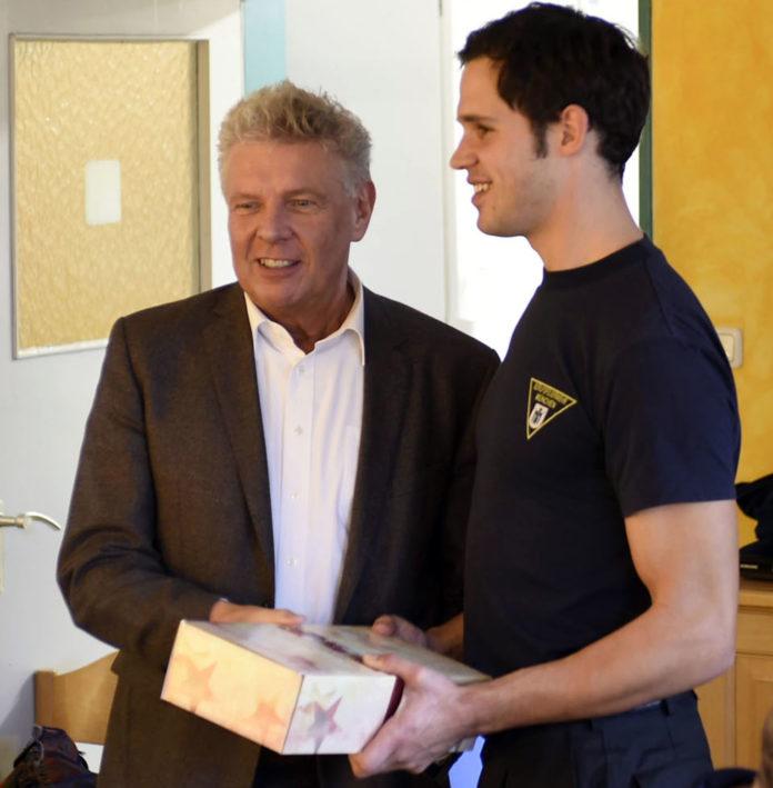 Münchens OB Dieter Reiter besucht die Feuerwehr