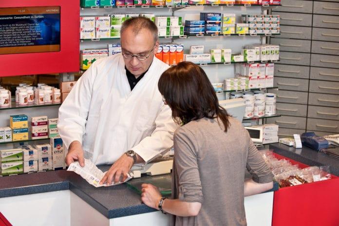 Herz-Kreislauf-Medikamente in der Apotheke erklären lassen