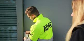 Ausgesperrt? ADAC testet Haustür-Schlüsselnotdienst zum Festpreis in München