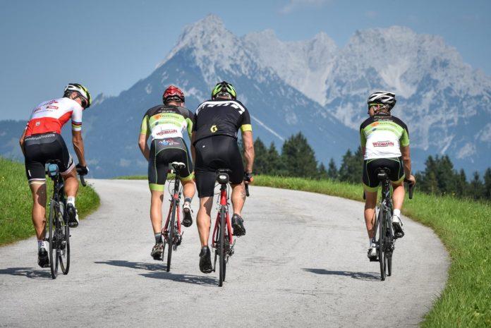 Tirol mit dem Rennrad entdecken: Strecken, Rad-Camp und Profirennen